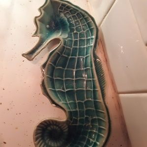 Seahorse spoon rest